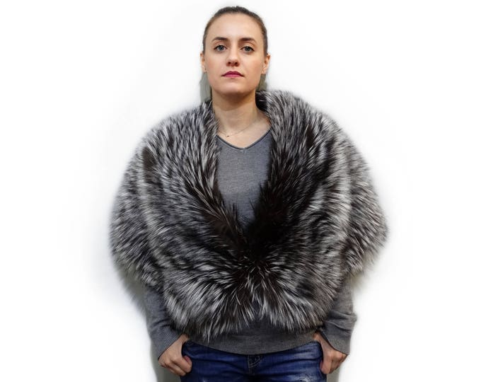 Large silver fox fur stole for warm shoulders F405