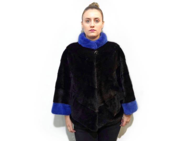 Fashionable Mink Poncho Cape F721