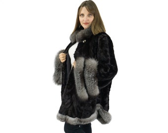 Fur jacket in an amazing model of mink and fox