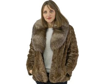 Fur mink jacket sheathed with big fox collar