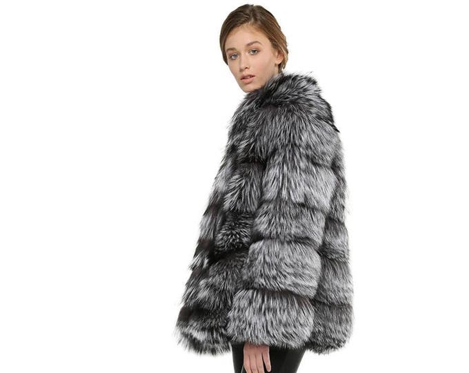 Luxury Fox Coat with Leather Stripes F845