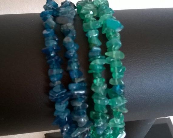 Sale - 384 Onyx and apatite memory wire bracelet