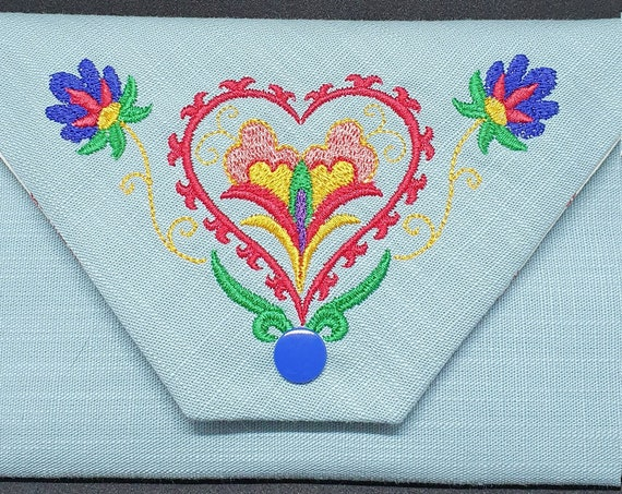 GC757       The Suzani heart wallet.