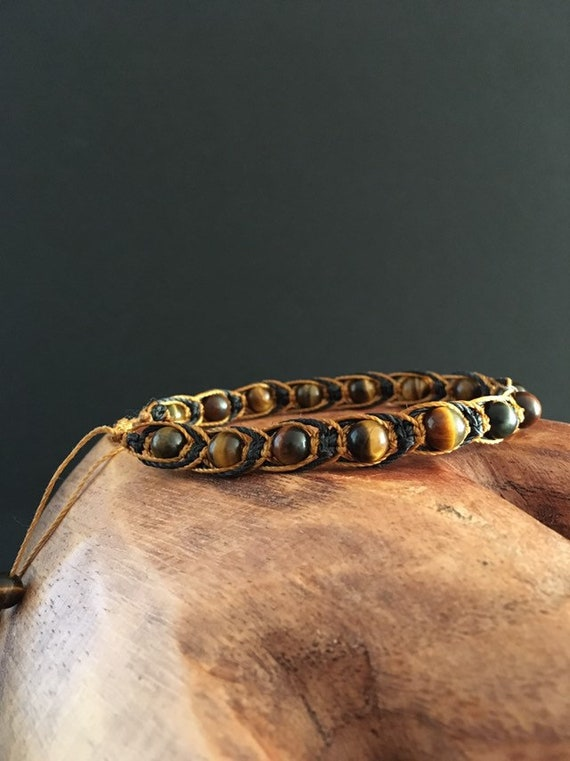 S - 698 Men's tiger's eye, macrame bracelet