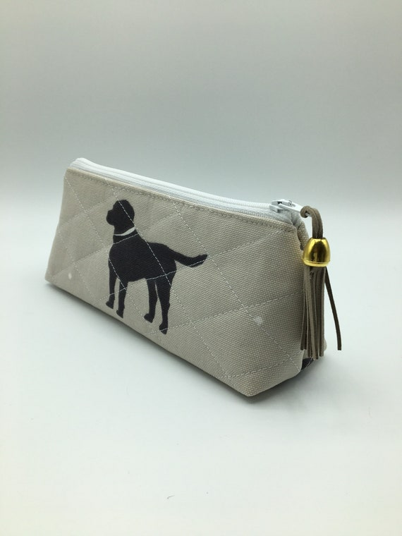 S - 060 Pencil/makeup case, featuring black Labrador