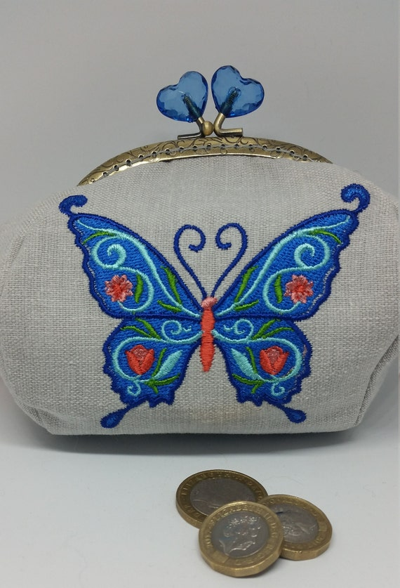 CP667.   The Jacobean Butterfly design large coin purse.