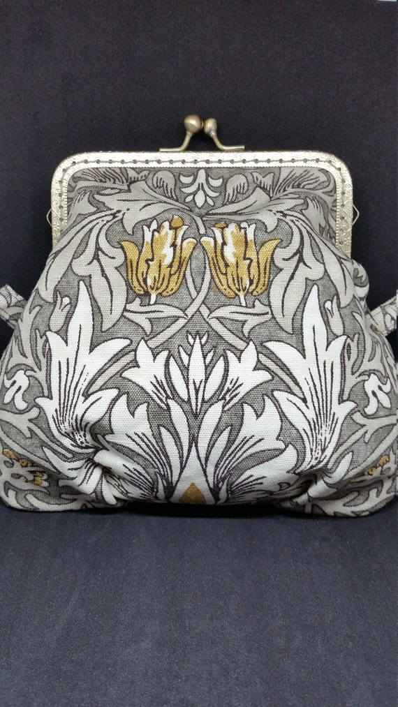 B634.  William Morris design fabric bag with chain
