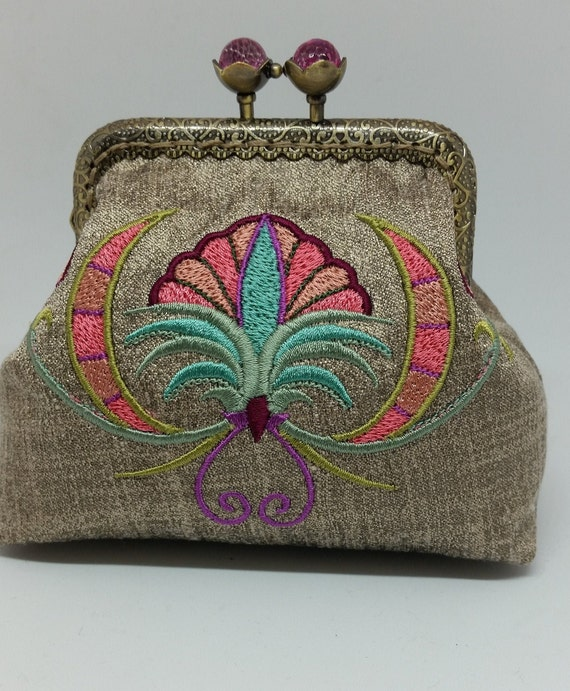CP704.   Suzani Spring Flower Purse.