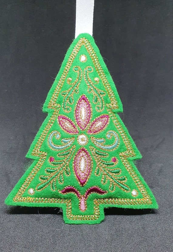 X056.   Festive filigree Christmas ornament - Tree