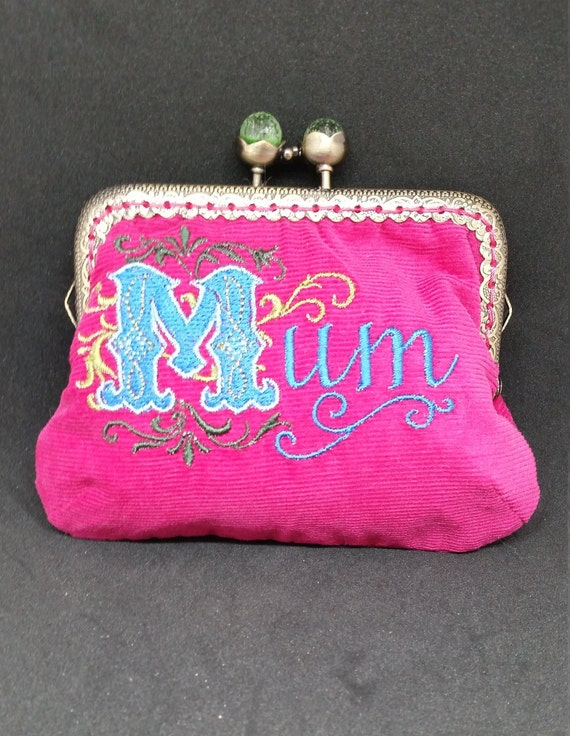CP613.    The pink Mum coin purse.