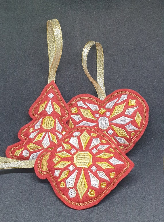 X051..  Traditional felt Christmas tree decorations