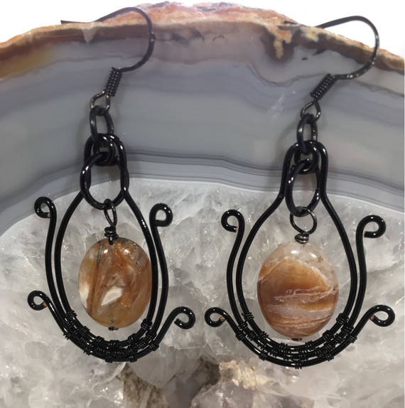 S - 595 Drop earrings. Black wirework. Genuine agate.