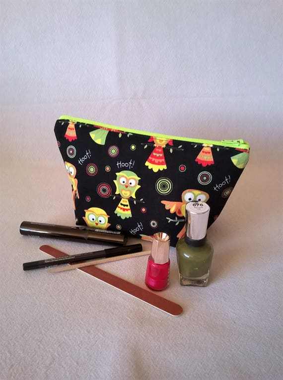 S- 591 makeup bag. Owl design,all cotton.