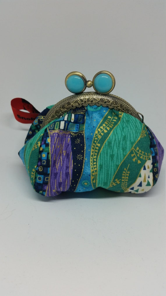 CP677.  The small coin purse