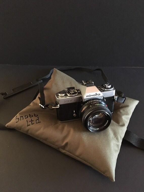 S - 860 Camera/lense rest.