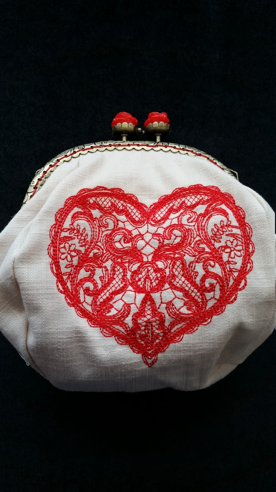 CP138. Delicate lacy heart coin purse