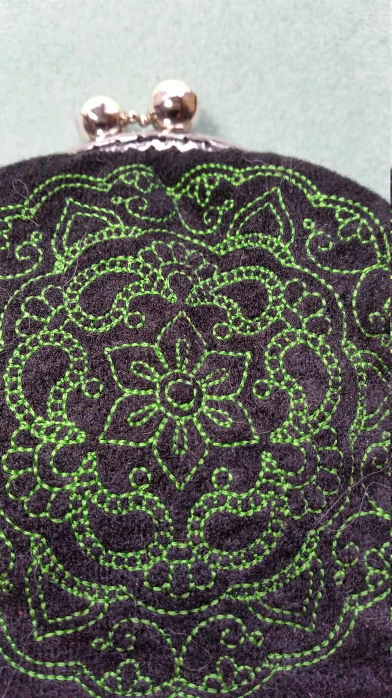 L126 Coin purse with mehndi medallion design