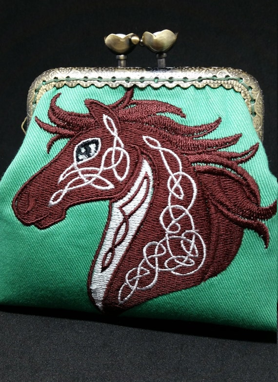 CP699         The celtic knotwork horse design  purse