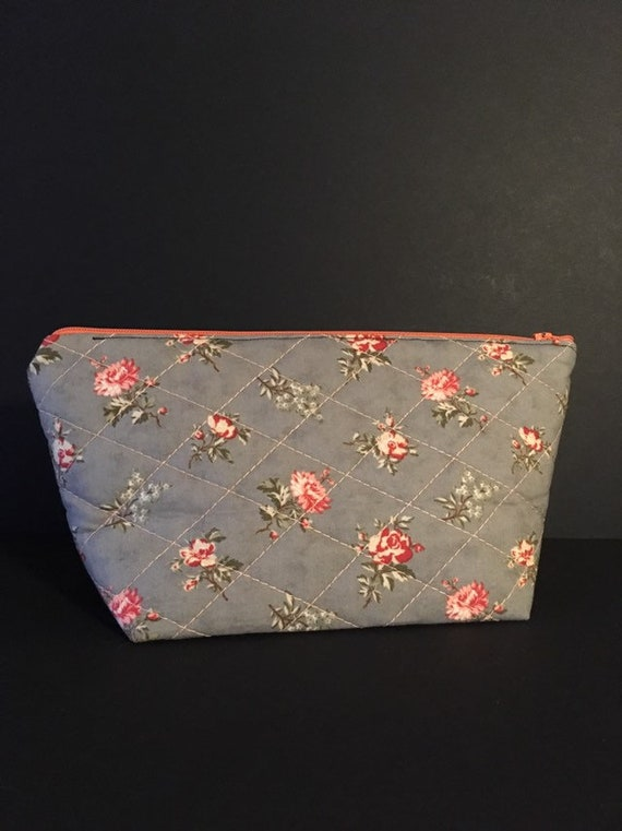 S - 762 Makeup bag - vintage design