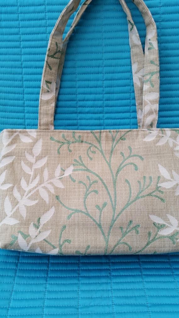 SALE.  SALE.  L009.  Beige fabric handbag
