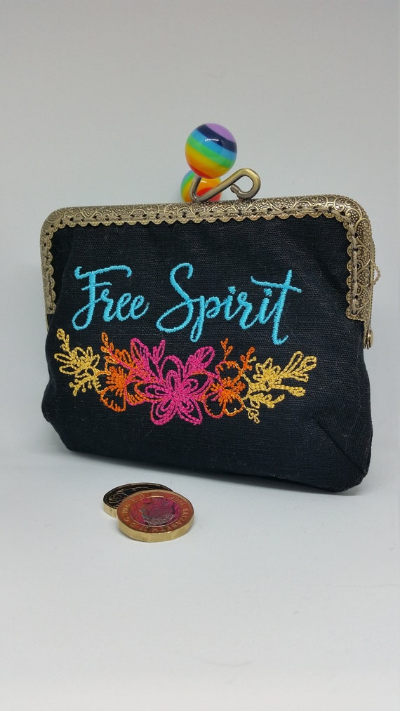 CP599. The Free spirit coin purse.