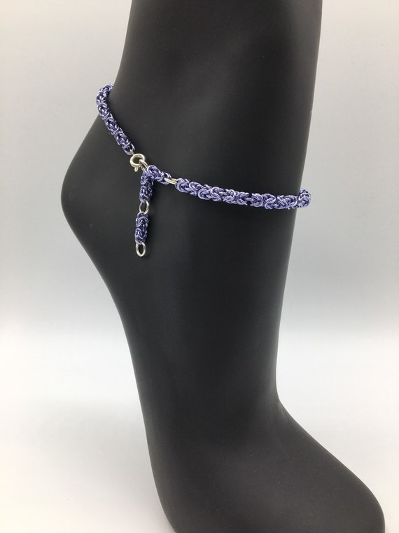 S - 058 Anklet chain handcrafted featuring Byzantine chainmaille in lilac colour