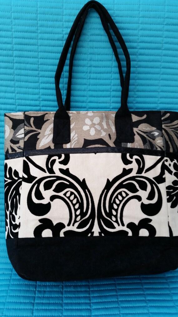 SALE.  SALE.L006.  Black/white flock handbag