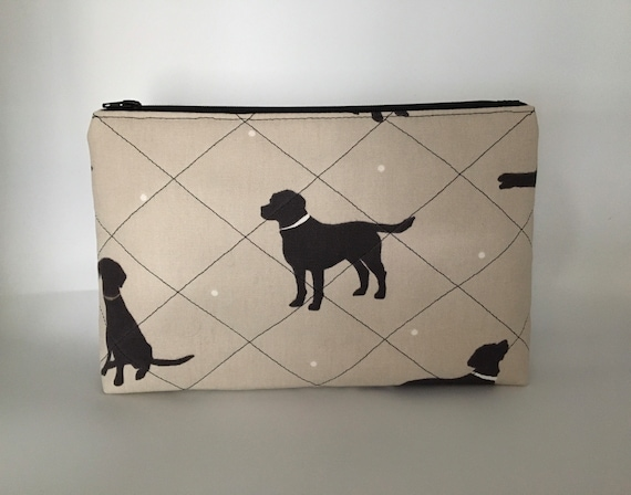 S - 110 Black Labrador washbag