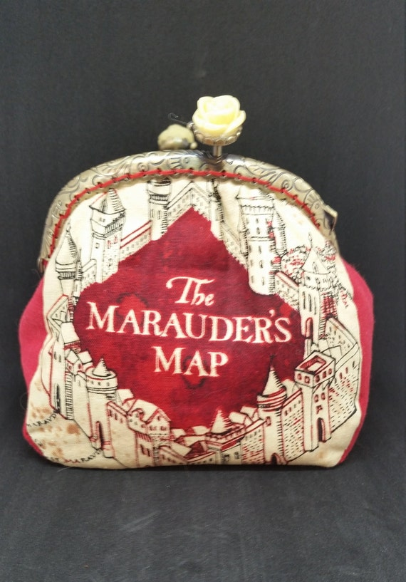 CP620.       Harry Potter 'Marauders Map' design coin purse.