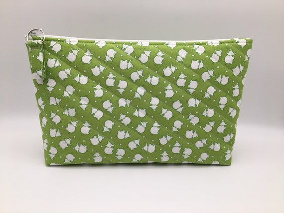 S - 137 Baby's wash bag - large size. Lovely light green featuring elephants