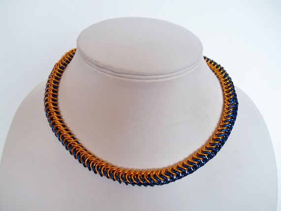 S - 209 Box weave, two toned, chainmaille necklace