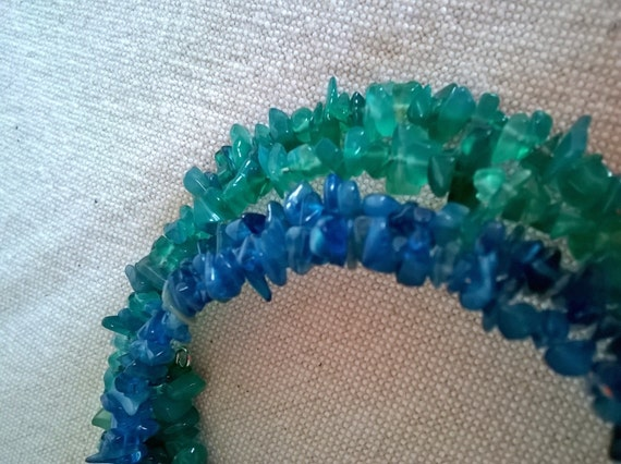 S 384 Onyx and apatite memory wire bracelet