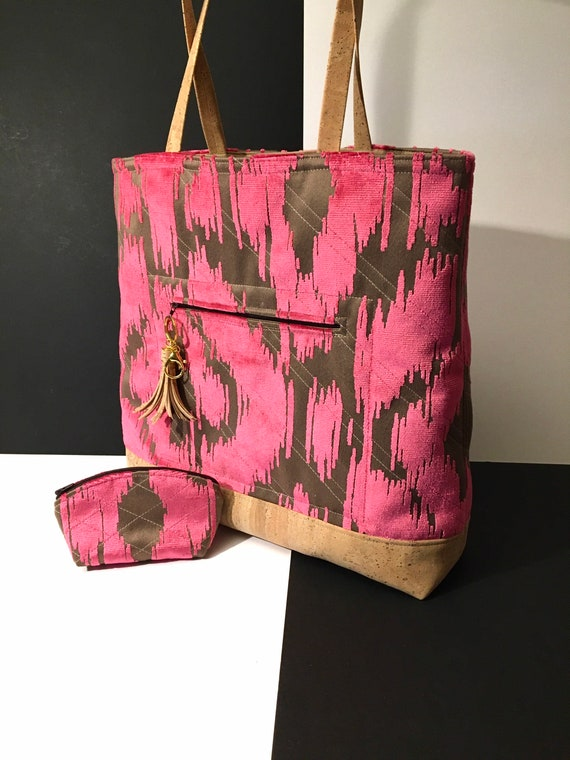S - 104 Shopper in hot pink and taupe