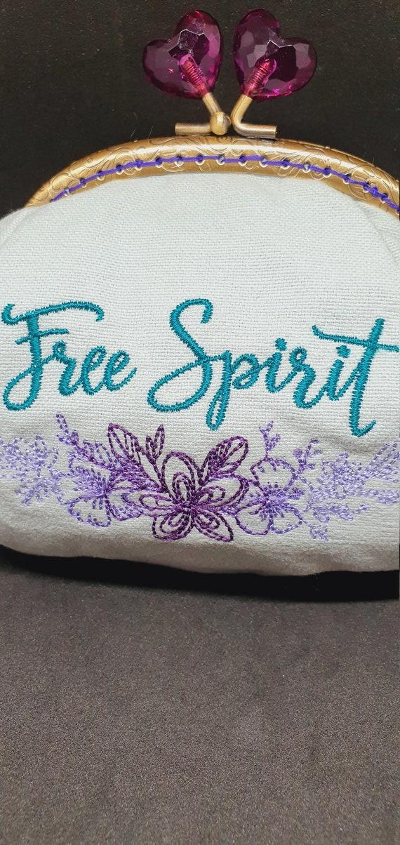 CP722.      The Free Spirit coin purse.