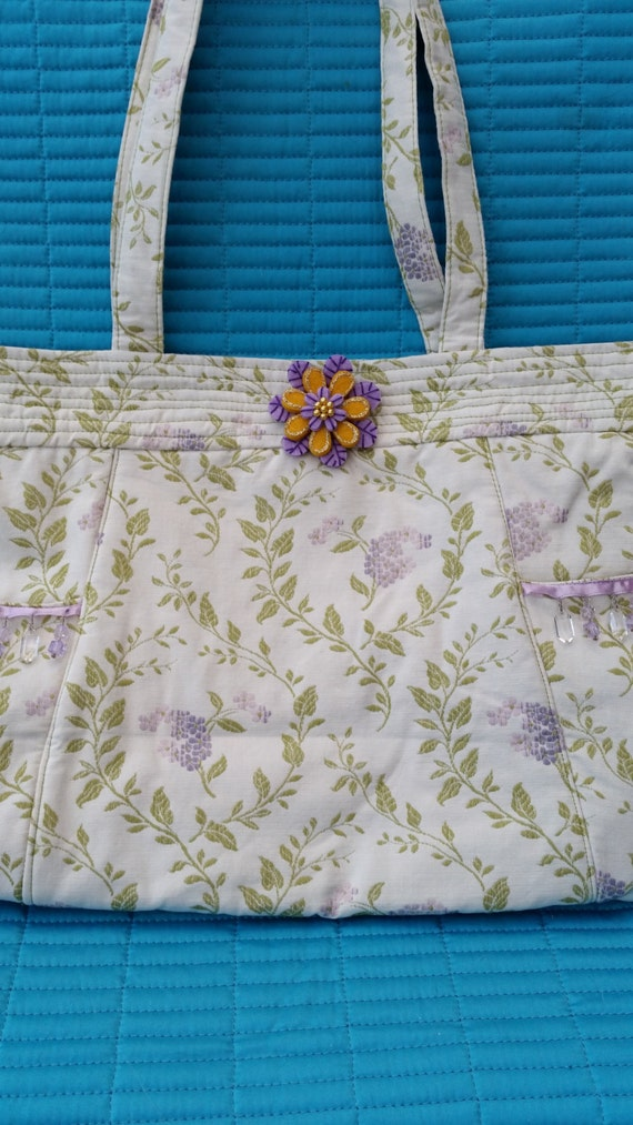 SALE.   SALE.  L010.  Beaded trim fabric handbag