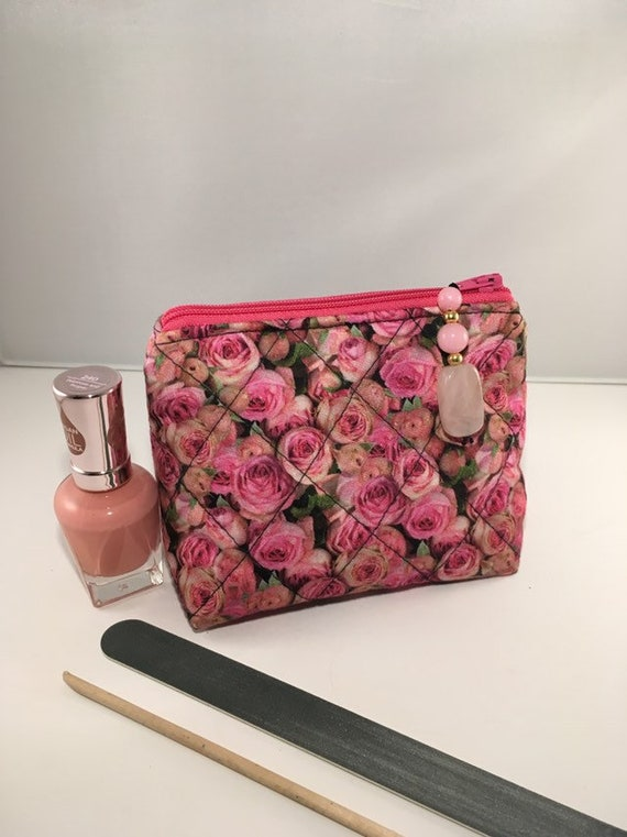 S - 893 Small makeup bag / coin purse featuring beautiful rose pattern!