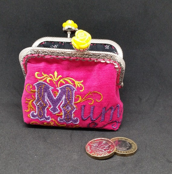 CP425.   Pink Mum coin purse.