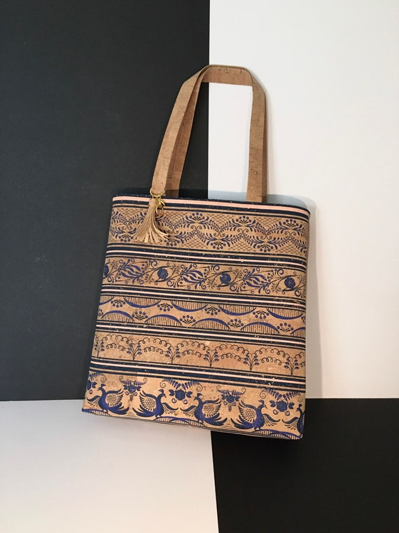 SN0024 Cork tote bag, with reverse side pocket. Stunning and unique in natural and royal blue!
