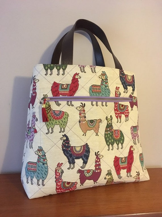 S - 757 Large handbag/shopper with front pocket and llama design fabric