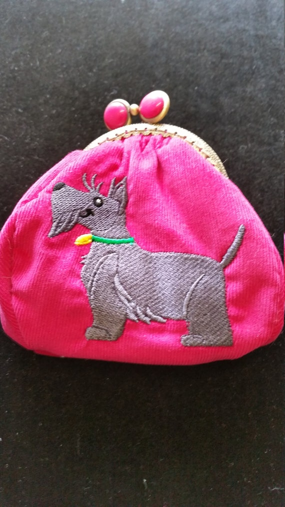 L443.  Coin purse.  Scottish terrier design