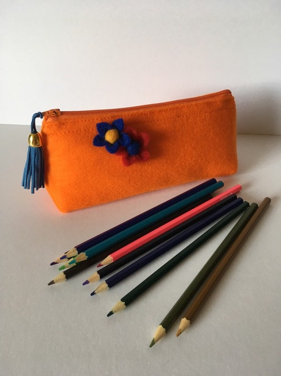 SC004 - Pencil case made from felt