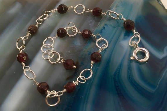 S - 593 Garnet 925 bracelet