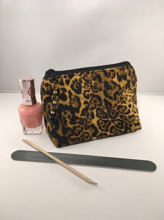S - 897 Handy, small purse/makeup bag