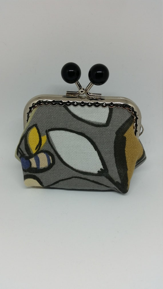 CP601.  Small bee coin purse.