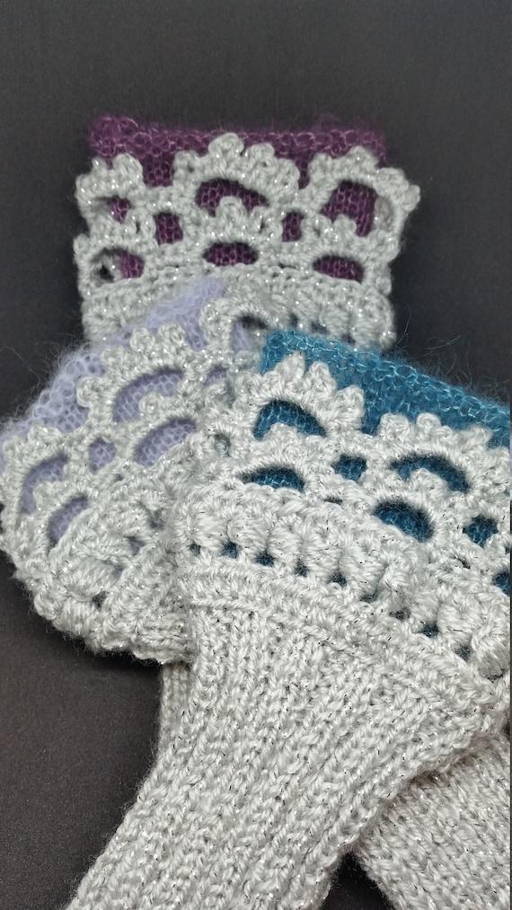 W642.    The silver grey wristlets
