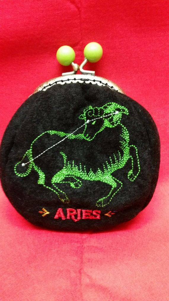 SALE..SALE..Star sign coin purse.  Aries.  L030