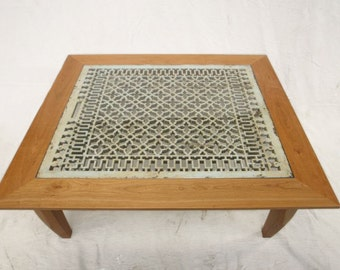 Grate Table