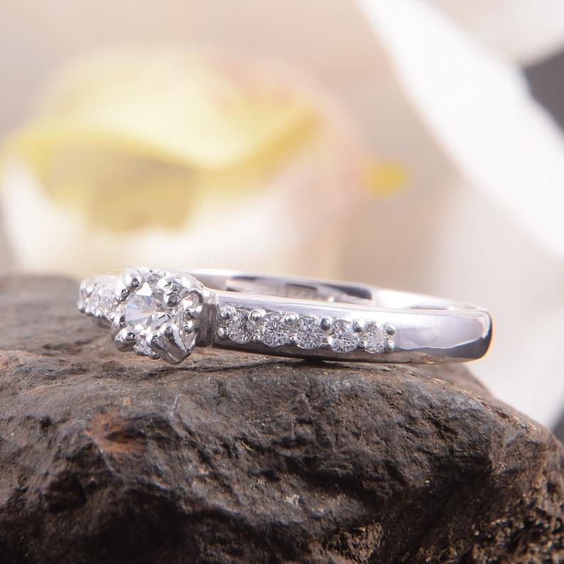 Set of 2 silver rings Cz silver rings Bridal rings set Silver promise rings Silver wedding rings Wedding rings set Women rings set