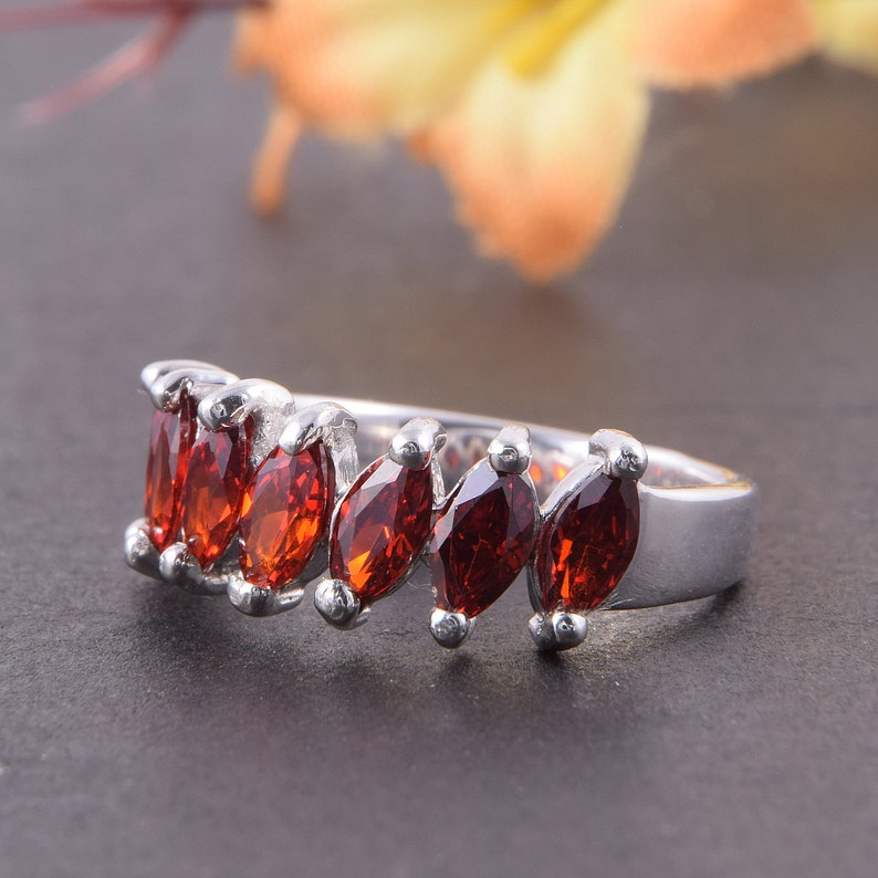Red stone ring Garnet ring band Anniversary ring Marquise ring Garnet ring January birthstone Silver garnet ring Red gemstone ring