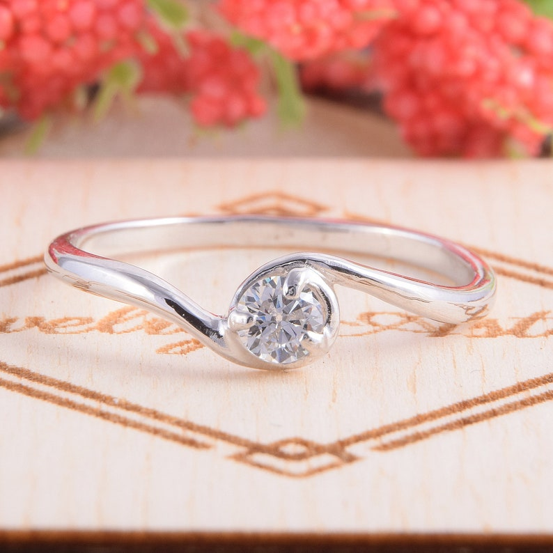 Dainty Ring Elegant Ring Promise Ring For Her White CZ Silver Ring Anniversary Ring Women Promise Ring Solitaire Ring Delicate Ring